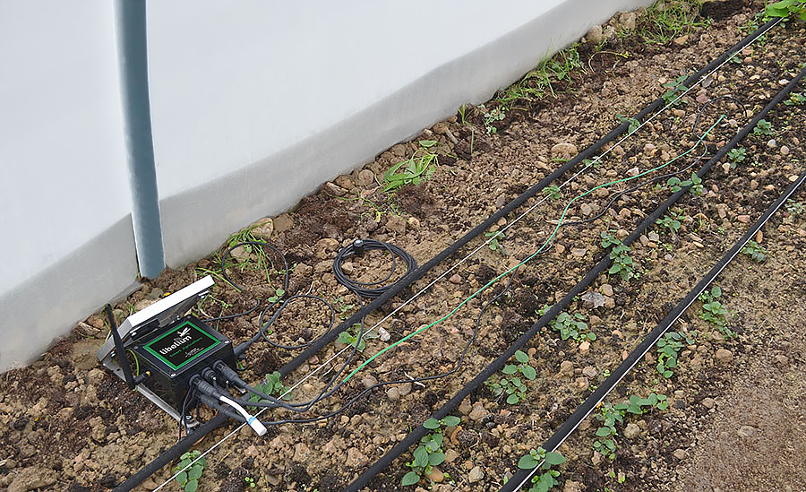 Smart Agriculture: Monitoring greenhouse conditions to