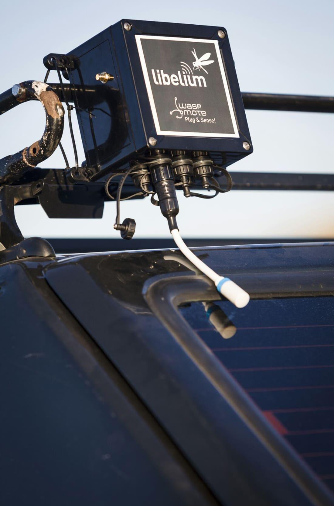 Waspmote Plug & Sense! Sensor Platform installed in the car