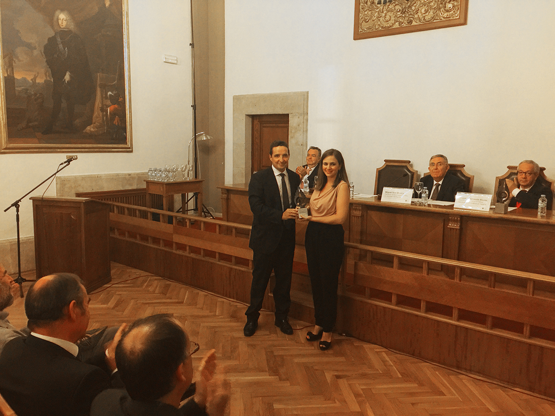 Alicia Asín receives Libelium 2015 National Award of Computer Science
