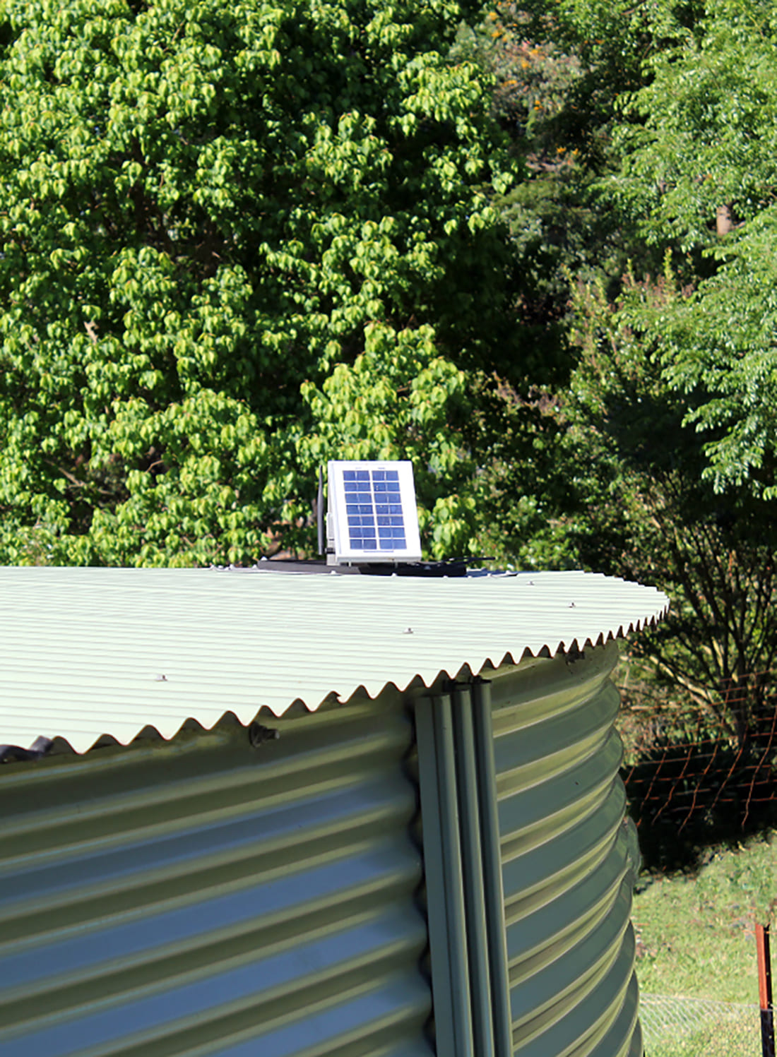 Waspmote Plug & Sense! installed at the nursery and the irrigation tank