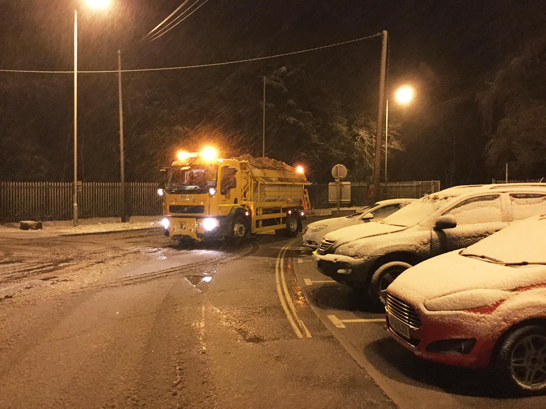 Snowy road at Winchester (Hampshire County Council)
