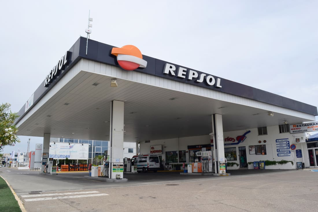 Repsol station with Meshlium Scanner technology - Smart Industry
