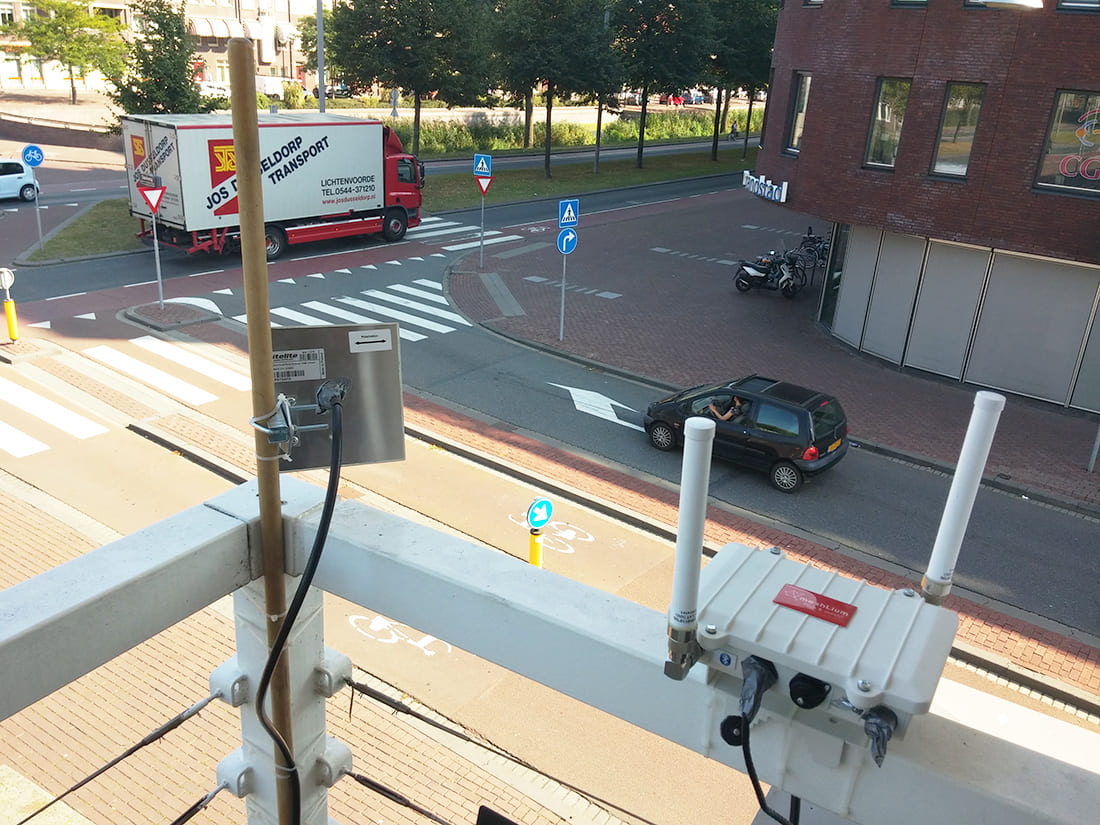 Meshlium Scanner installed in a cross section of Dordrecht'ss streets