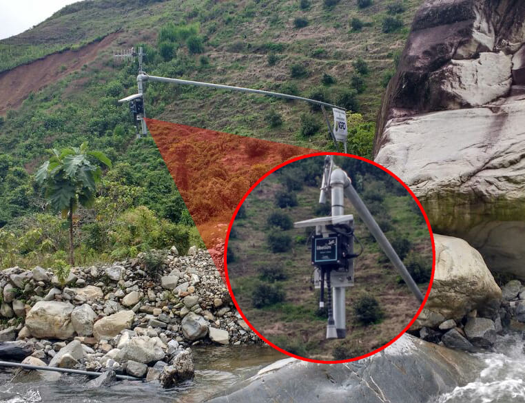 Plug & Sense! monitoring water level at Antioquia (Colombia)