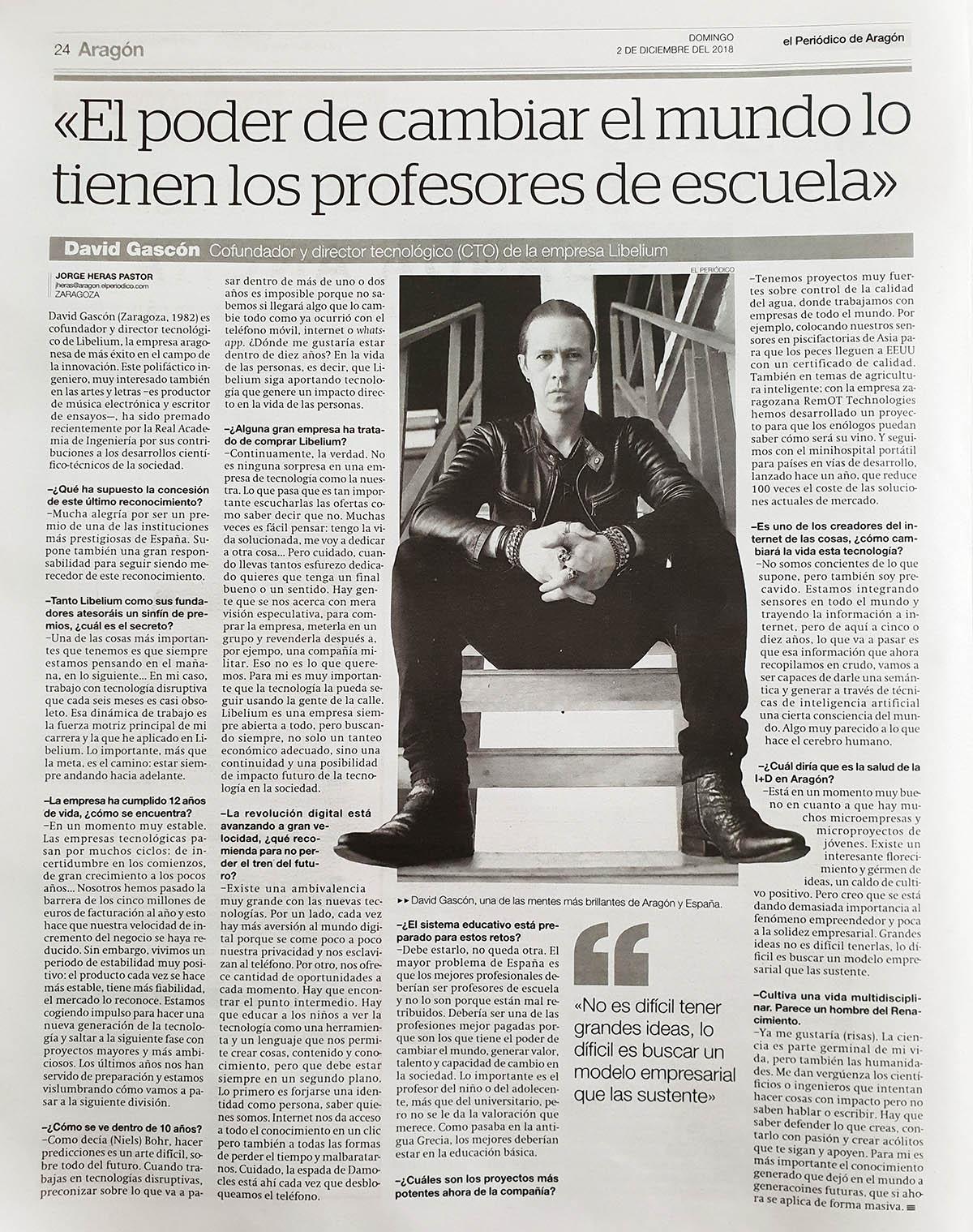 """El Periódico de Aragón – David Gascón """"El poder de cambiar el mundo lo tienen los profesores de escuela"""""""