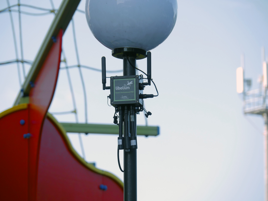 Plug&Sense! Smart Environment PRO in a lantern