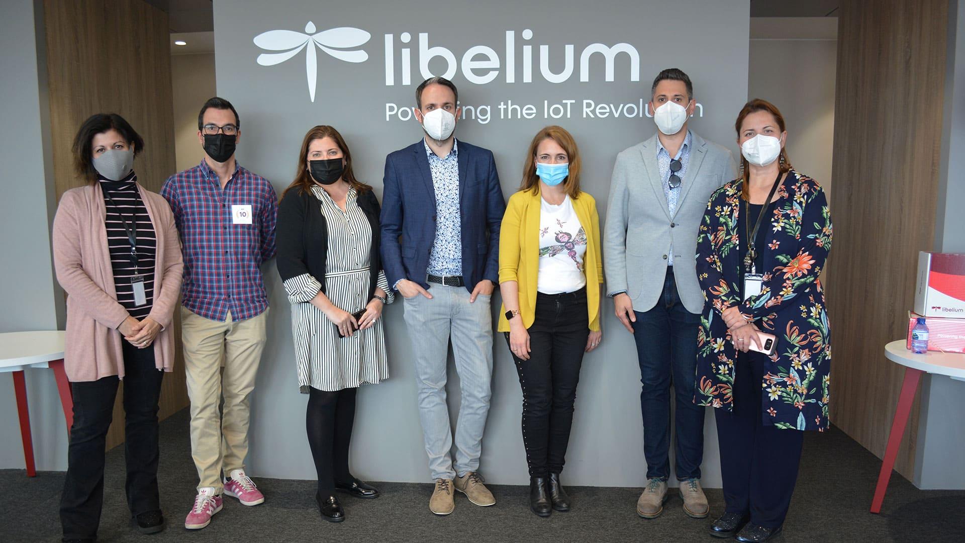 Directores en la inauguración de las nuevas oficinas en Libelium