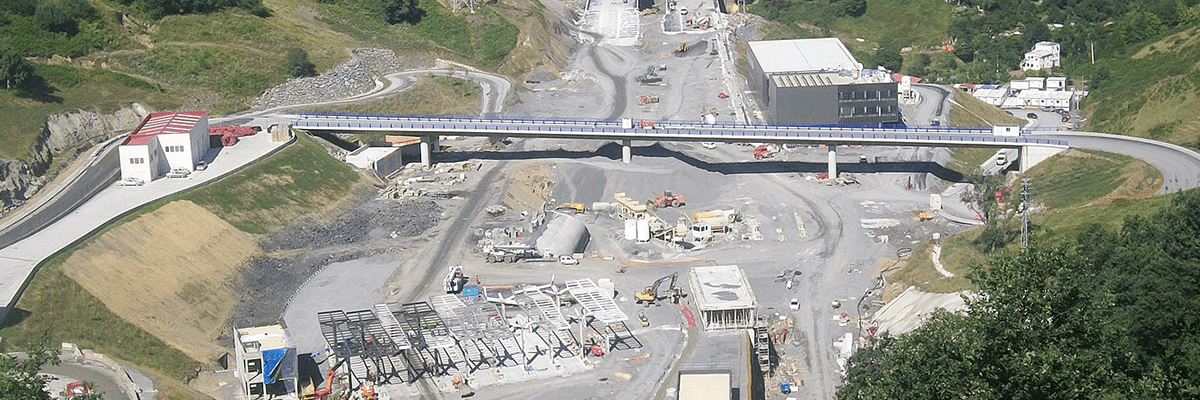 Environmental monitoring in the construction of a highway with Libelium